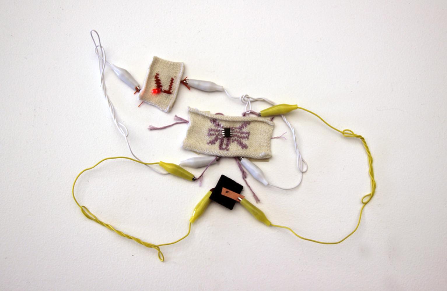 Knit01.thumb