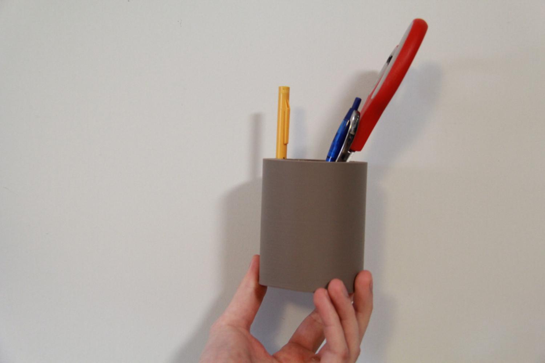 Holder2.jpg.thumb
